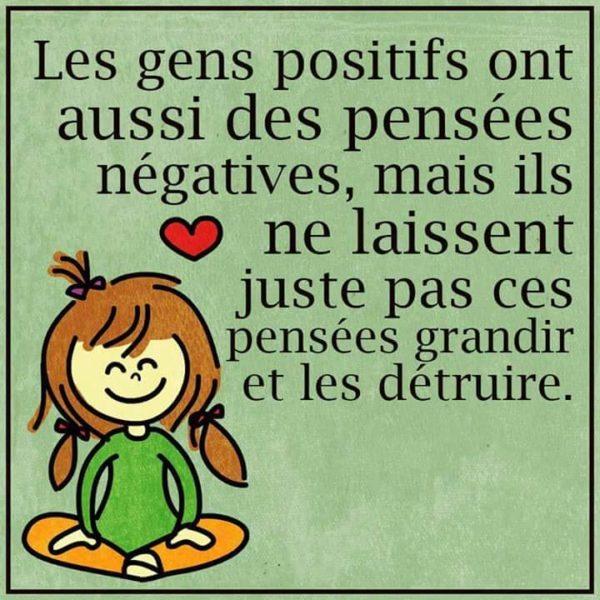 les-gens-positifs-ont-aussi-des-pensees-negatives