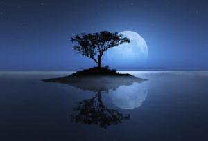 Pleine Lune Bleue de Sang