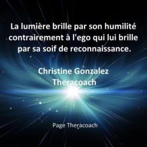 La Lumière Brille Par Son Humilité