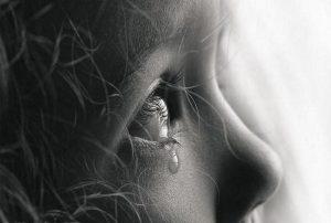 les-larmes-sont-des-messageres-subtiles
