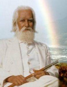 Le Soleil Donne les Principes d'Une Religion Universelle
