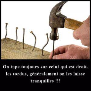 On Tape Toujours Sur Celui Qui Est Droit...