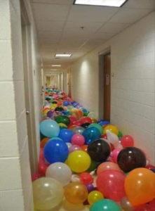 Les Ballons Sont Comme Le Bonheur